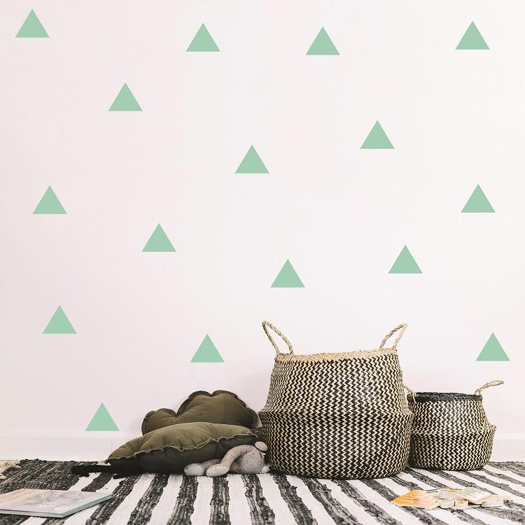 komplet dekorativnih stenskih nalepk trikotniki